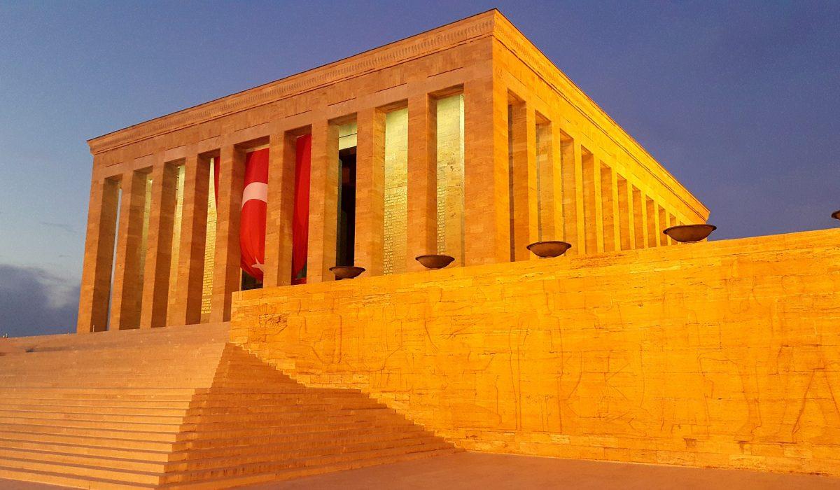 Mausoleul lui Ataturk
